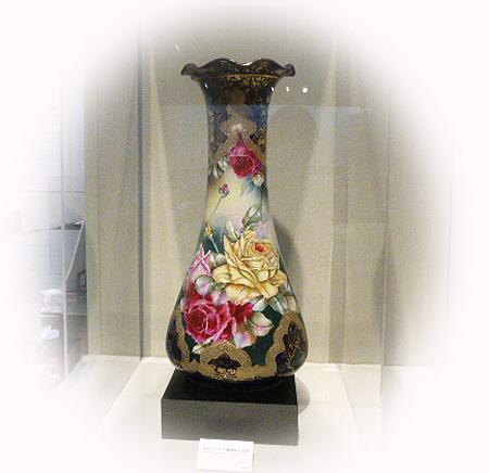 金彩コバルト 薔薇柄大花瓶