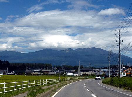 佐久平より浅間山