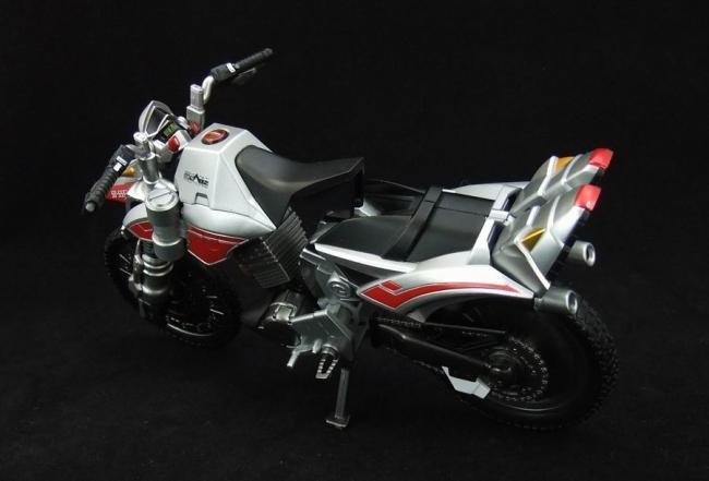 オートバジン18