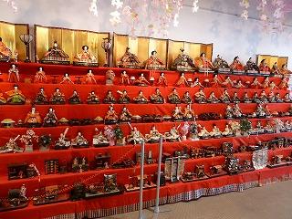 ザフィッシュの中の雛人形2014年