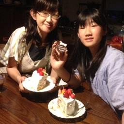 萌音ちゃんとケーキ