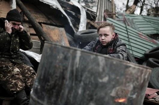ウクライナ情勢(ひとりの少年AFPより)image