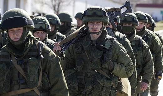 ウクライナ情勢(ロシア兵士の隊列)image