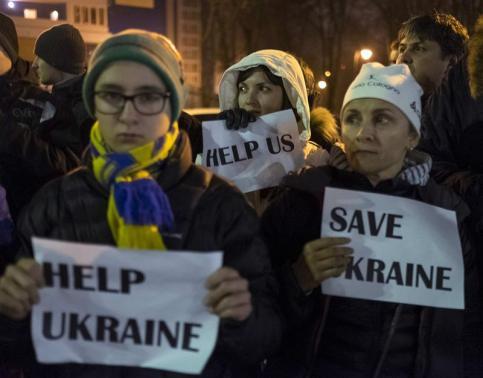 ウクライナ情勢(助けを求める人たち)image