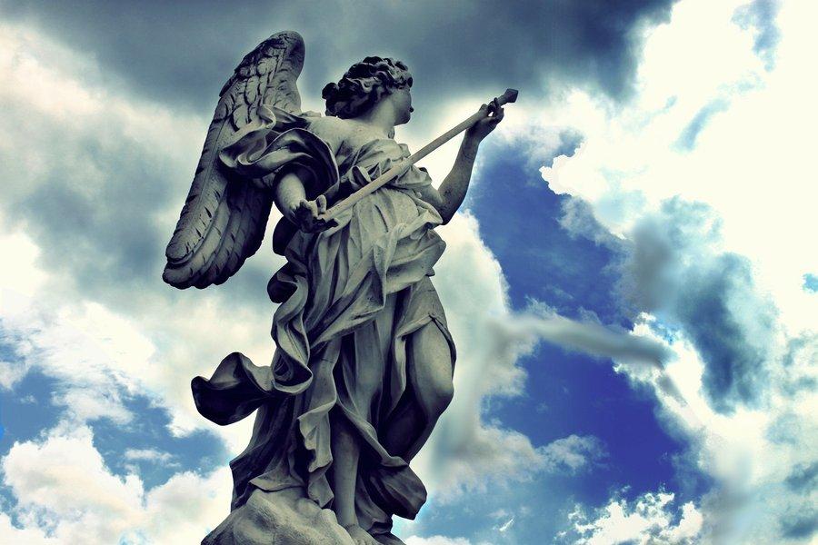 とある槍を持つ天使image