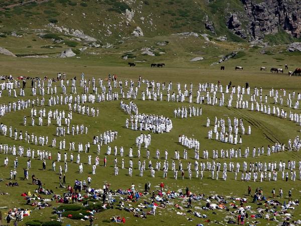 とある画像(ブルガリアでの聖白色同胞団4)image