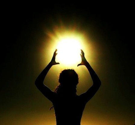 とある太陽からのimage