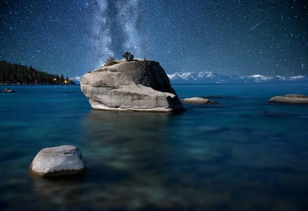 とある星と岩image