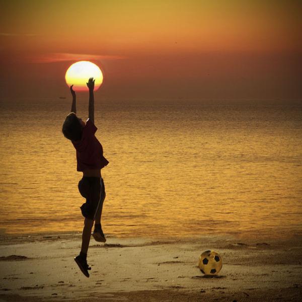 太陽と少年image