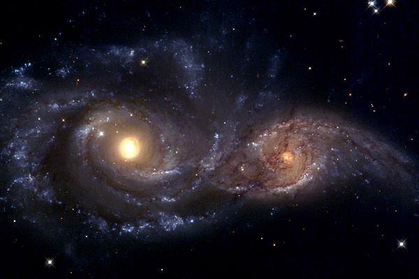 星空(衝突気味な銀河)image