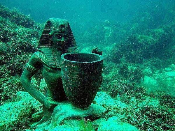 海の下の遺跡(イーストベイあたり)image