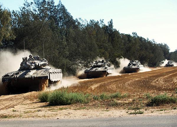 戦闘のなかで(イスラエルの戦車)image