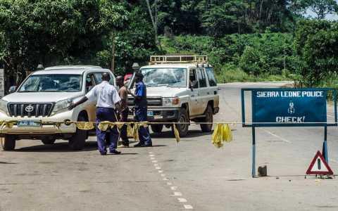 エボラ(リベリアあたりの封鎖)image