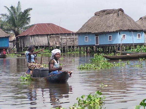 エボラの現実(修飾用画像ganviebenin)image