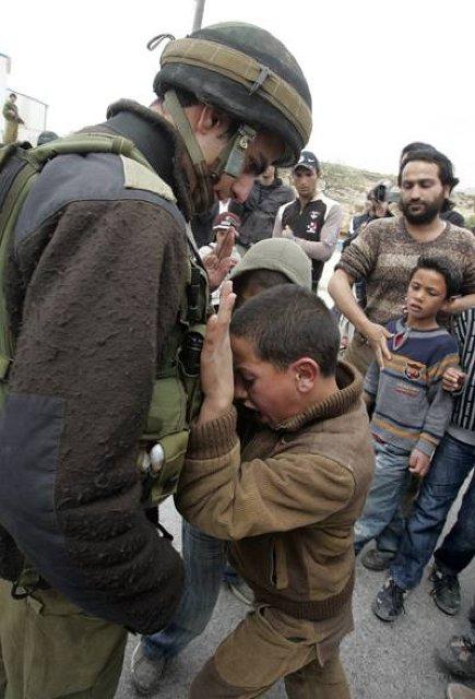 資料(2009パレスチナでの一場面)image