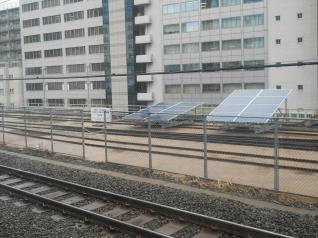 太陽電池 ON THE RAIL