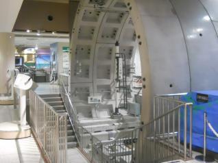 原寸大トンネル