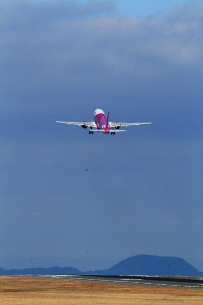 MM A320-214 JA801P RJOM 140212 10