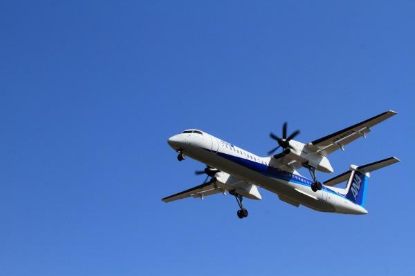 EH DHC-8-402Q JA462A RJOM 140212 02