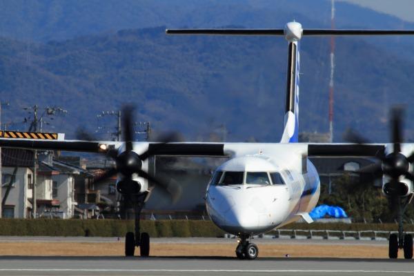 EH DHC-8-402Q JA462A RJOM 140212 07