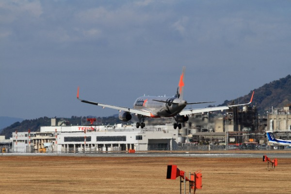 GK A320-232 JA15JJ RJOM 140212 06