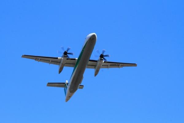 EH DHC-8-402Q JA857A 140311 02