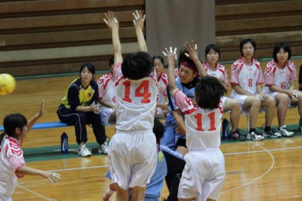 愛媛県高校総体ハント ゙女子決勝 今東-松東 1406021 02
