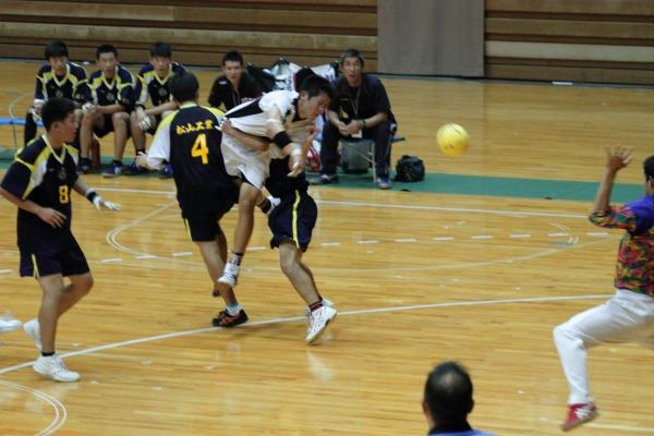 愛媛県高校総体ハント ゙決勝 松工-新田 140602 10