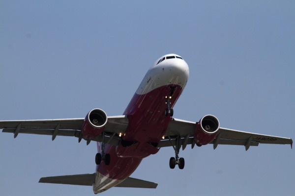 MM A320-214 JA809P RJOM 140504 04