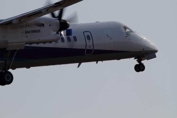 EH DHC-8-402Q JA825A RJOM 140315 03