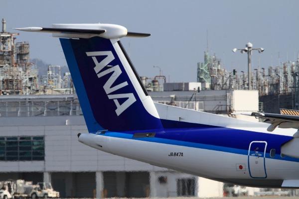 EH DHC-8-402Q JA847A RJOM 140315 01