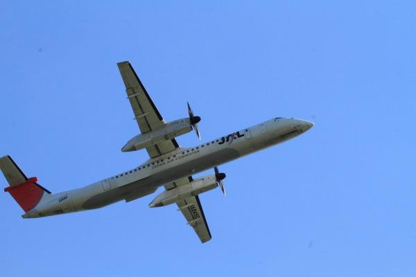3X DHC-8-402Q JA845C RJOM 140504 03