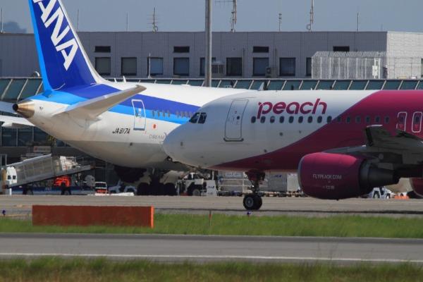 MM A320-214 JA805P RJOM 1400721 02