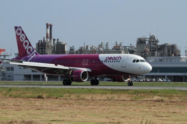 MM A320-214 JA805P RJOM 1400721 01