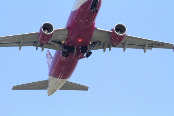 MM A320-214 JA805P RJOM 1400721 03