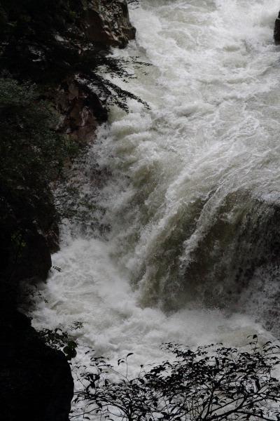雨滝 140810 04