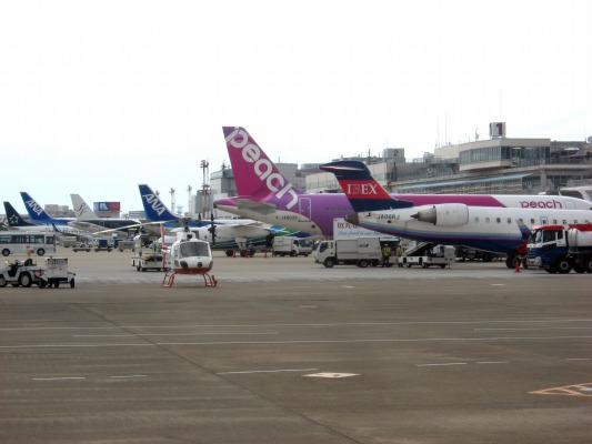 3X DHC-8-402Q JA843C RJOM 140825 07