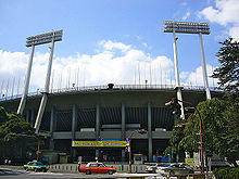 220px-Japan_national_stadium02.jpg