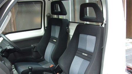レカロの座席シート