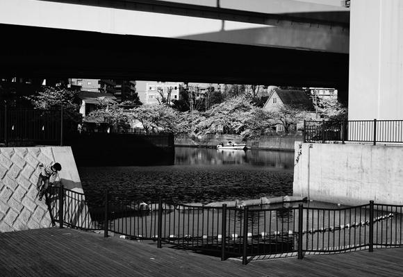 川沿いの街3_R