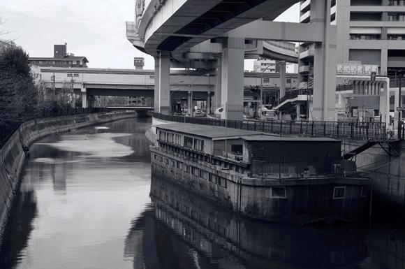 川沿いの街4_R
