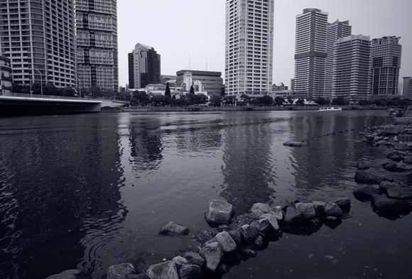川沿いの街5_R