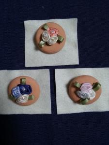 テラコッタブローチ花