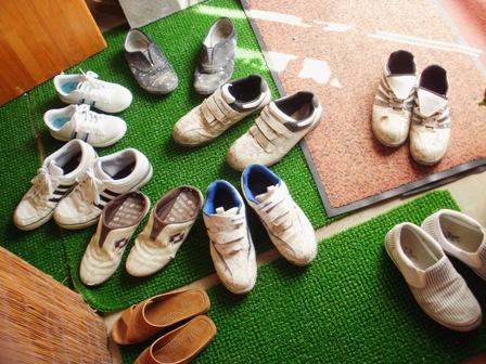 のりのり玄関靴