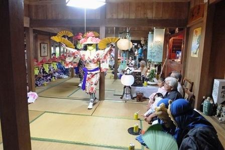 新川・踊り