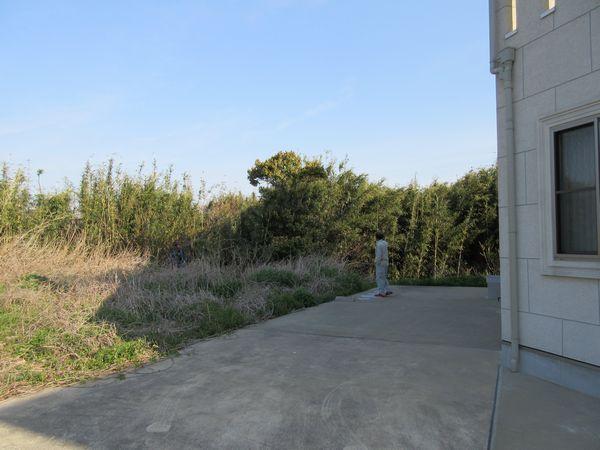 メインの庭施工前2