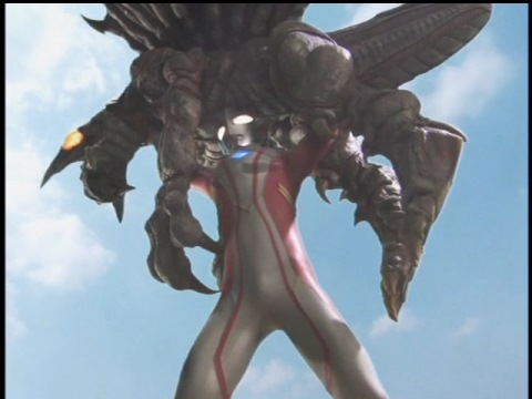 ボガールモンスをあと一歩の所に追い詰めるウルトラマンメビウス