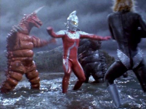 ウルトラセブン vs マグマ星人&ブラックギラス&レッドギラス