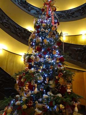 ヴァチカンのクリスマスツリー