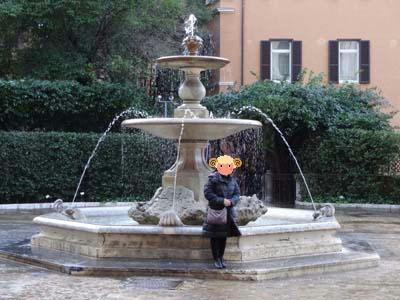 バルベリーニ噴水